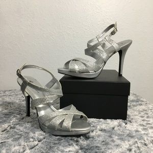 Fioni Night Silver Sparkly Strappy Heels 8.5